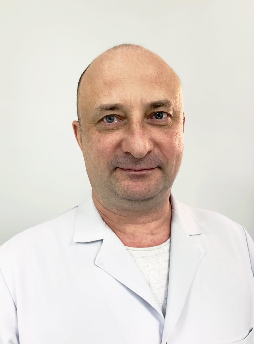 Попов Юрий Валерьевич : Врач травматолог-ортопед, кандидат медицинских наук