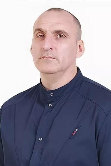 Семенов Иван Владимирович : Врач стоматолог - хирург, имплантолог