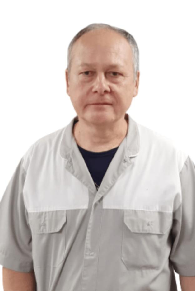 Адерихин Игорь Валерьевич : Врач офтальмолог